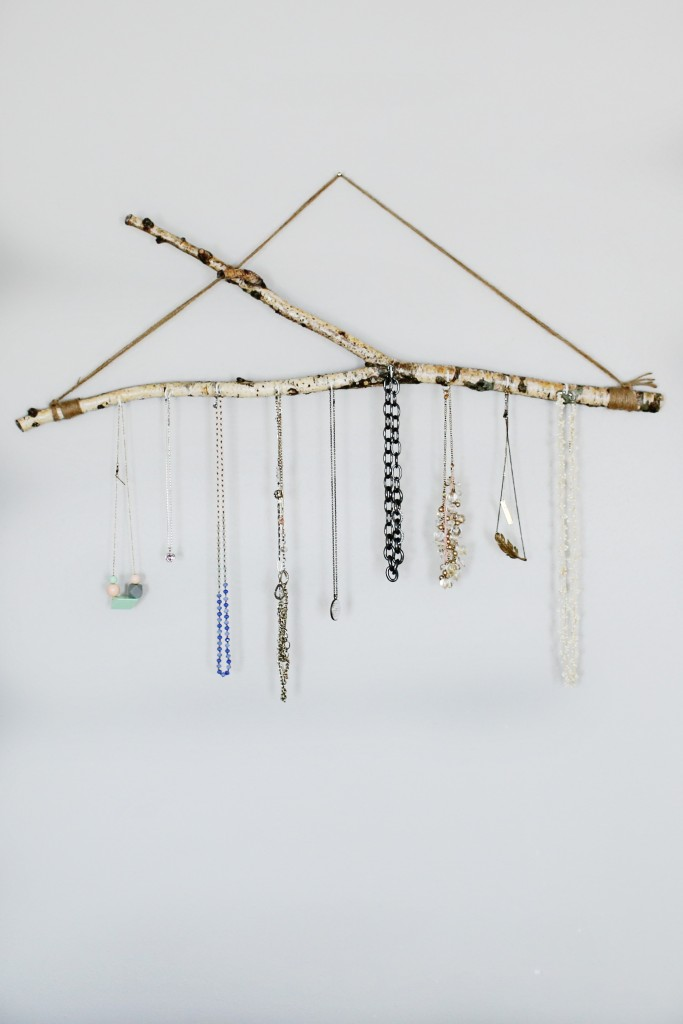 A DIY tutorial to help you create your own jewelry branch tutorial.  An inexpensive and fabulous way to display and organize jewelry!  www.homestead128.com