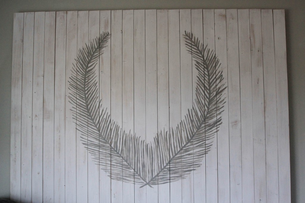 Creating your own whitewashed pallet art.  A DIY tutorial for non-painters.  www.homestead128.com