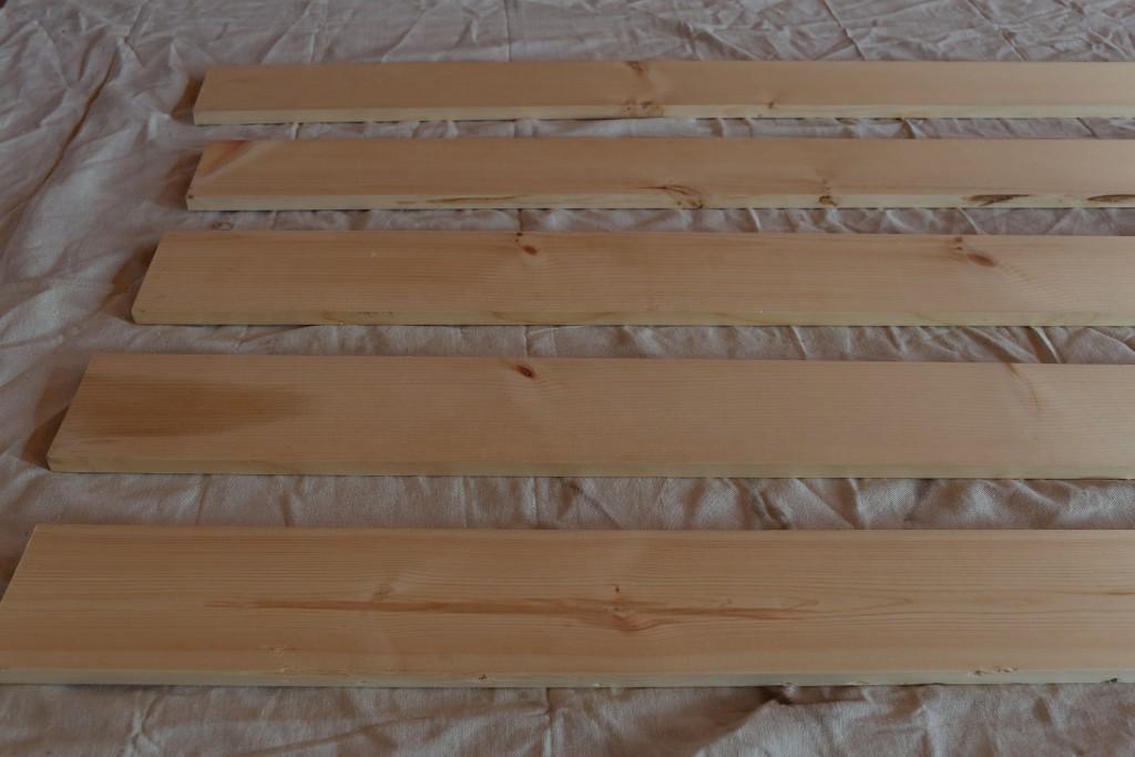 Adding a pallet backing to a bookshelf. Ikea bookshelf hack. homestead128.com