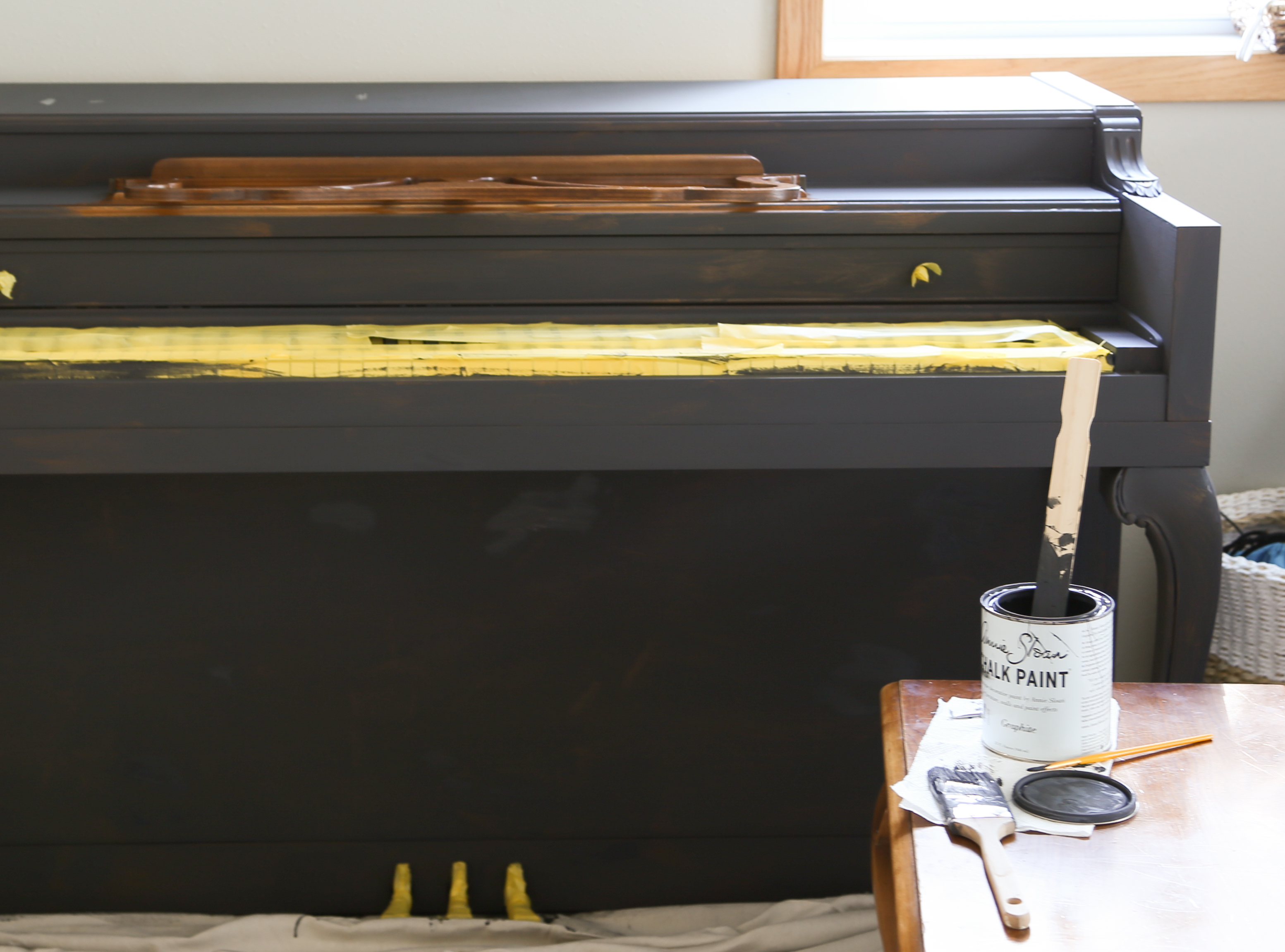 Apply two coats of chalk paint and furniture wax to the piano for a brand new piano!