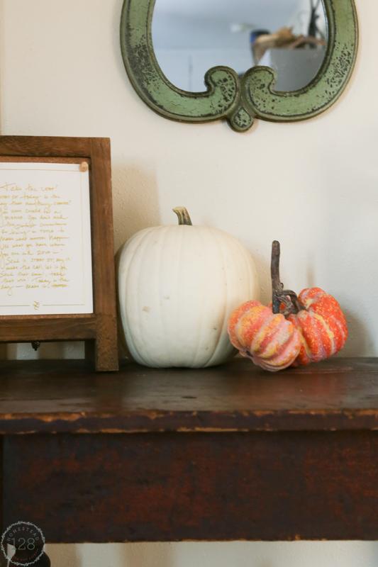 Decorating the farmhouse for the fall season.
