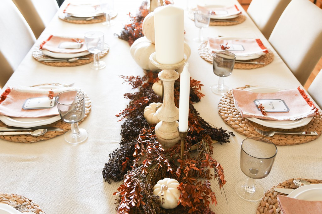 thanksgiving-table-2-of-12